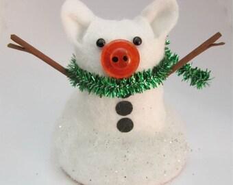 Sergio the Snowman Pig - Snowpig - Pig in snow