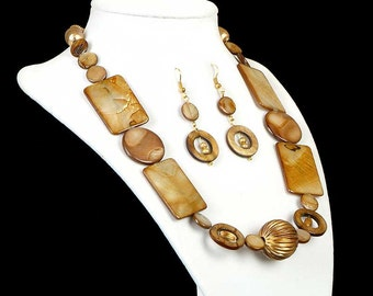Mid Century Modern Brown Gold Necklace Brown BeachAbalone Earring Set 14K Gold Triple Goddess Holiday Gift Geometric Jewelry Vintage Jewelry