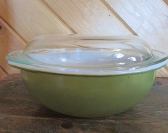 Pyrex Olive Green 2 Qt Casserole with Lid