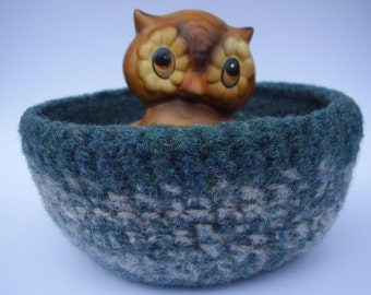 felted wool bowl container candy dish jade and oatmeal colored