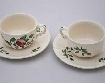 Richard Ginori Milan Hand Painted 1950s Teacups Saucers & Plate