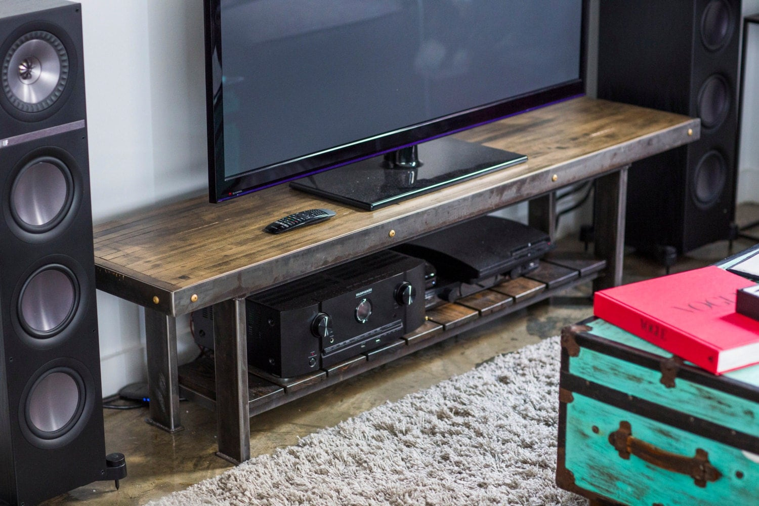 entertainment center stereo console wooden tv stand. Black Bedroom Furniture Sets. Home Design Ideas