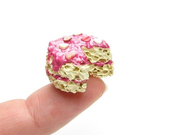 Middie Blythe Cake Miniature Yellow Cake with Pink Frosting Dollhouse Miniature Dessert