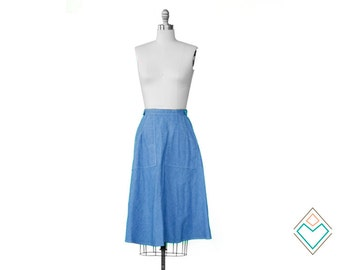 1970s chambray wrap skirt with external pockets // a-line fit // size XS 70s skirt //  25 inch waist