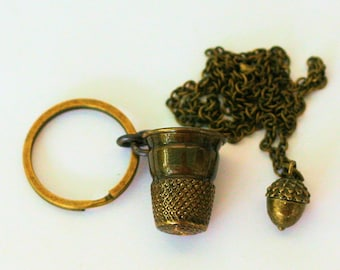 Acorn and Thimble Peter Pan & Wendy Kiss Necklace and Key Ring Set Brass - Men - Women - Sweetheart - Lover - Sister - Best Friend