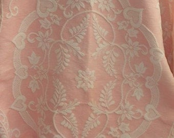 Vintage French superb pink and white fringed bed cover, throw.  Country cottage chic.