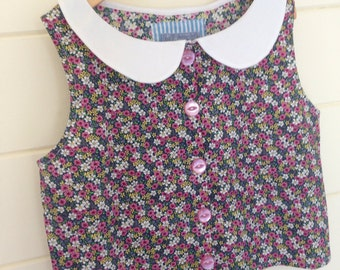 Ditsy Foral Peter Pan Collar Shirt