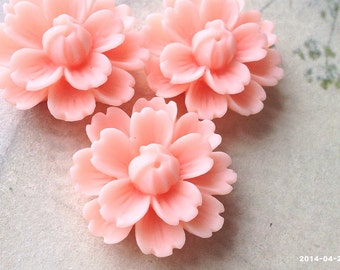 26 mm Spinel-Red Chrysanthemum Resin Flower Cabochons (.gm).