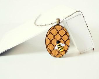 honey bee necklace, honeycomb necklace, fiber necklace, bee jewelry, halloween jewelry, autumn, fall, orange, linen fabric necklace