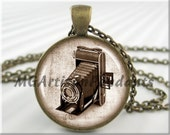Vintage Camera Pendant Charm Antique Film Photography Camera Resin Picture Pendant (609RB)