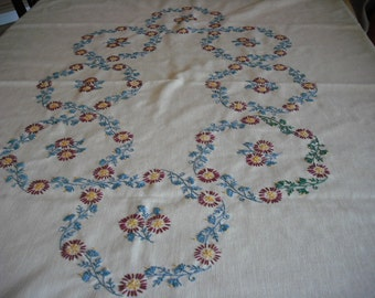 Handmade Embroidered Cotton Tablecloth w Napkins