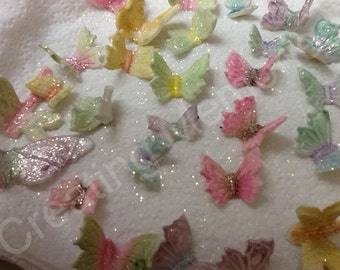 EDIBLE BUTTERFLIES made of Fondant. Mixed sizes, mixed colors Great for Cupcakes, Cakes and Cookies for Birthdays, Weddings, Bridal Showers