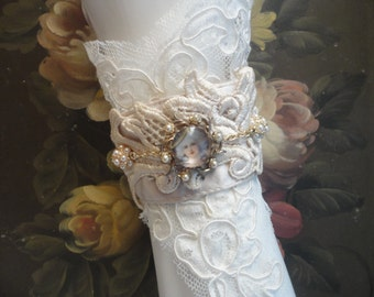 Elegant Ivory Lace Cuff, Vintage Lace, Marie Antoinette, 18th Century Inspired, OOAK