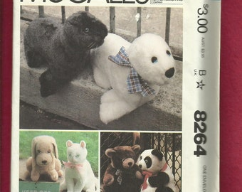 Vintage 1979 McCalls 6814 Stuffed Animal Collection Seals Panda Dog Cat and Teddy Bear UNCUT