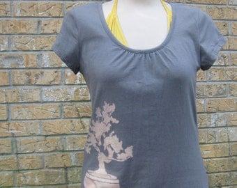 Women's Grey Color Bonsai Tree T shirt Size Small