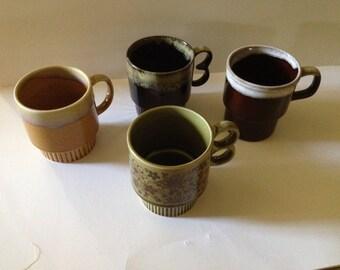Set of 4 stackable mugs