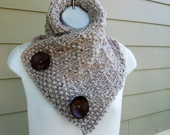 Knitting Pattern For Scarf With Buttonhole : Chunky Bramble Button Scarf PDF KNITTING PATTERN Exp