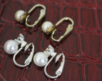 Vintage 2 Pairs Imitation Pearl Clip On Earrings 1960s Gold/Silver Tone Setting Wedding Bridal Jewelry