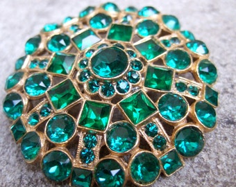 Brilliant Emerald Crystal Encrusted Circular Brooch c 1950