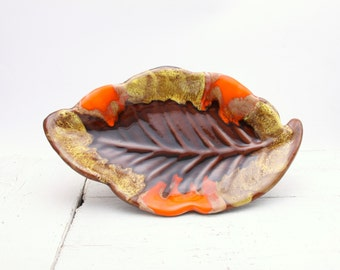 Large Vallauris pottery leaf bowl / platter, French studio ceramics, 1960's, Autumn decor, retro style, fruit bowl