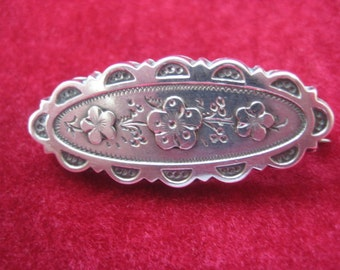 Delightful English Hallmarked Silver Pin w/Forget-me-Nots
