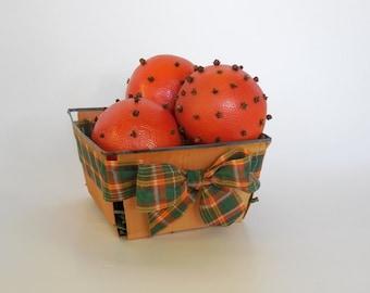 Holiday Orange Clove Vintage Basket