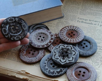 10 pcs LARGE Huge Big Wood Assorted Buttons 6cm over 2 inch (WB689B)
