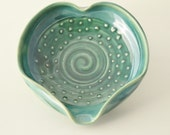 IN STOCK, Green Heart Spoon Rest, Stoneware Decorated Spoon Holder