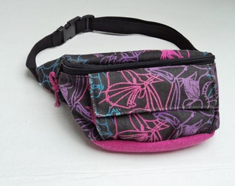Looney Toons Fanny Pack Black and  Pink