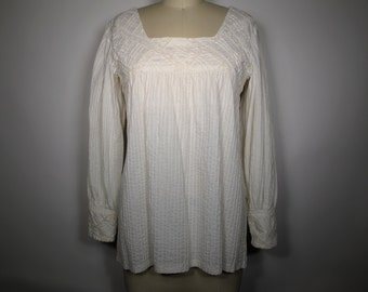 Handmade in Mexico Lace Hippie Blouse with Button Back and Poet Sleeve,