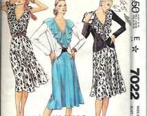 Collar Dress and Fitted Jacket Pattern, Evelyn De Jonge, Size 12 UNCUT