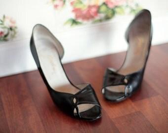 Vintage 1950's Black Peep Toe Heels sz 8
