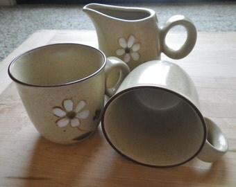 Zest Pattern Noritake Coffee Set of Creamer Jug and 2 Mugs 1970's Stoneware Vintage Pattern Mint Condition