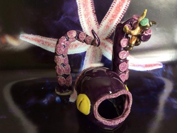 Kraken nabs a diver aquarium decoration for Aquarium diver decoration