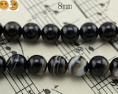 15 inch strand of Natural black banded agate,sardonyx agate,striped agate smooth round beads 8 mm
