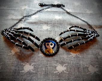 Button Eye Skeleton Necklace