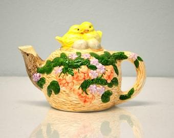 Bird Nest Teapot - Vintage Ceramic Tea Pot - Teapot - Housewares Serving - Cottage Chic