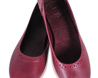SALE. Sz. 8. ULUWATU.  leather ballet flats / leather flats / wedding shoes / womens shoes / ivory leather shoes.