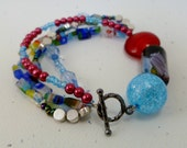 Circle Chic Beaded Bracelet (Red/Blue)