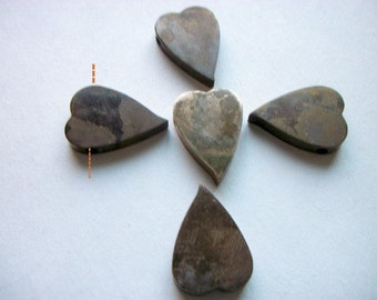 Vintage Naturally Aged Brass Heart Pendant /Charms x 5   # L 6