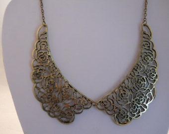 Collar Necklace in Bronze Tone
