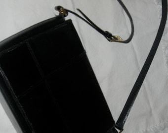 Beautiful vintage Etienne Aigner purse