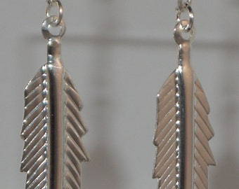Light as a Feather Earrings (Silver)