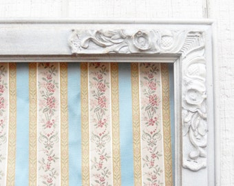 Vintage French Shabby Chic Ornate Gesso Picture Frame, French Provincial, Hand Painted, Distressed