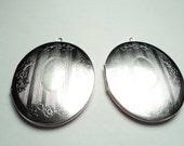 2 - Vintage matte silver plated ornate oval Floral design lockets - m17ms