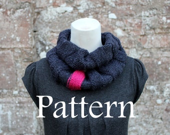 KNITTING PATTERN - Charcoal and raspberry loop scarf - Listing114