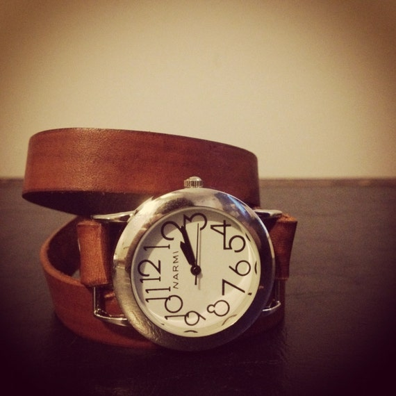 Leather Triple Wrap Watch Round Face