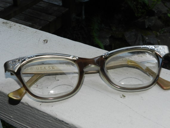 Eyeglass Frames Made In The Usa : SRO Made in USA Vintage Cat eye eyeglasses horn rim lucite and