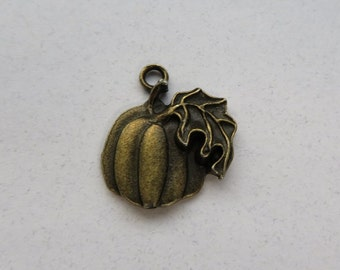6 Carved Look Pumpkin Fall Harvest Charms Halloween Pumpkins Charm Jewelry supplies Bronze Tone 20x18 mm