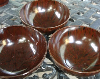 Vintage Lacquer Rice Bowls set of three circa s1960s